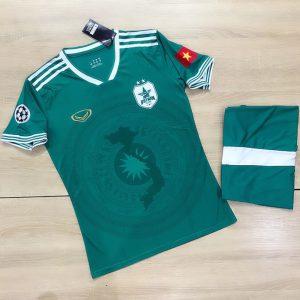 Áo bóng đá đội tuyển quốc gia Việt Nam màu xanh lá năm 2020