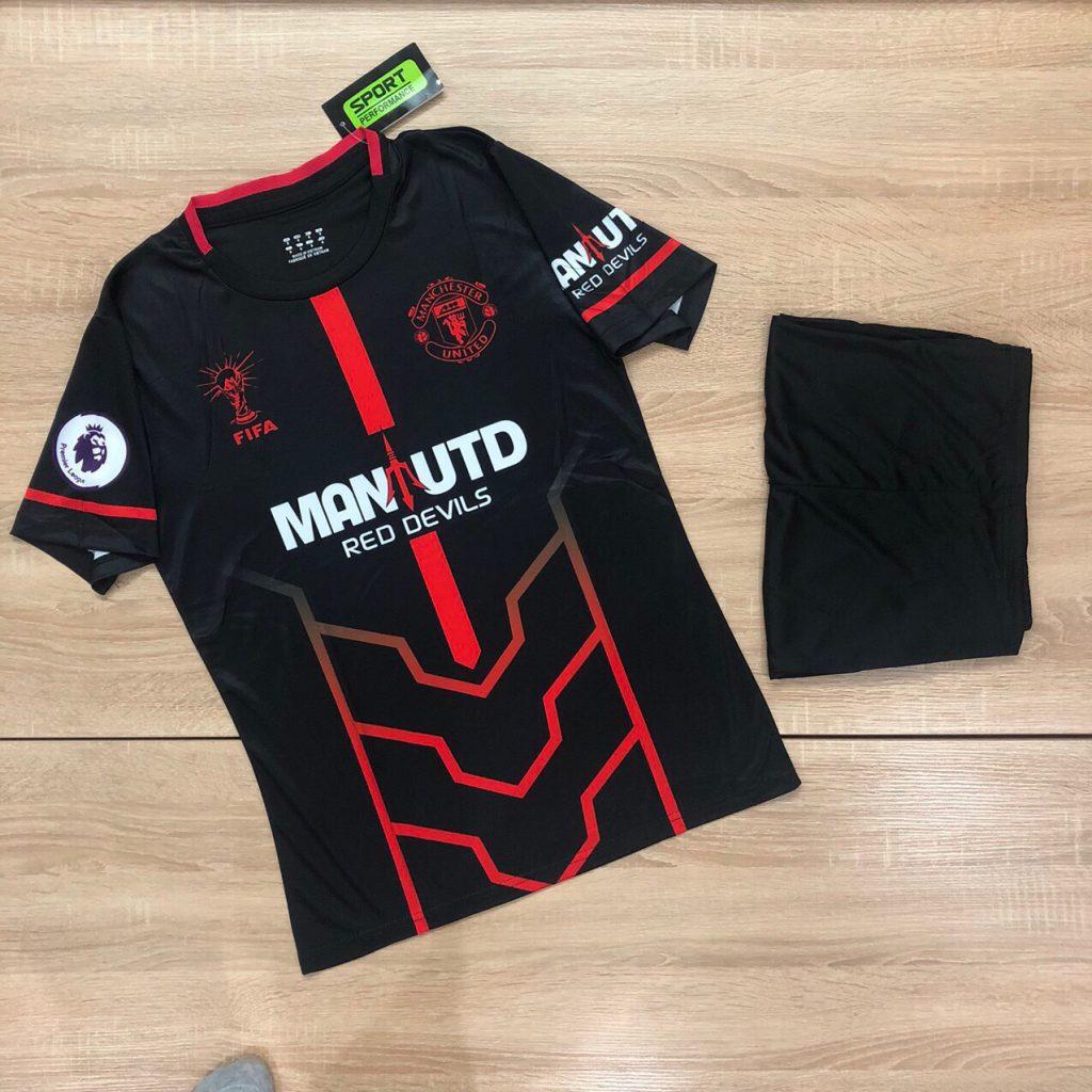 Áo bóng đá CLB Manchester United màu đen mới nhất 2020