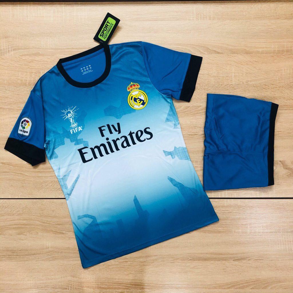 Áo bóng đá CLB Real Madrid màu xanh dương mới nhất 2020