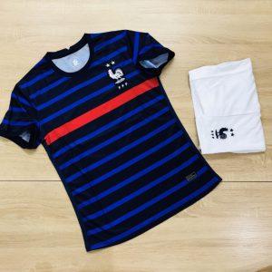 Áo bóng đá đội tuyển Pháp màu xanh dương phối đen mới nhất 2020