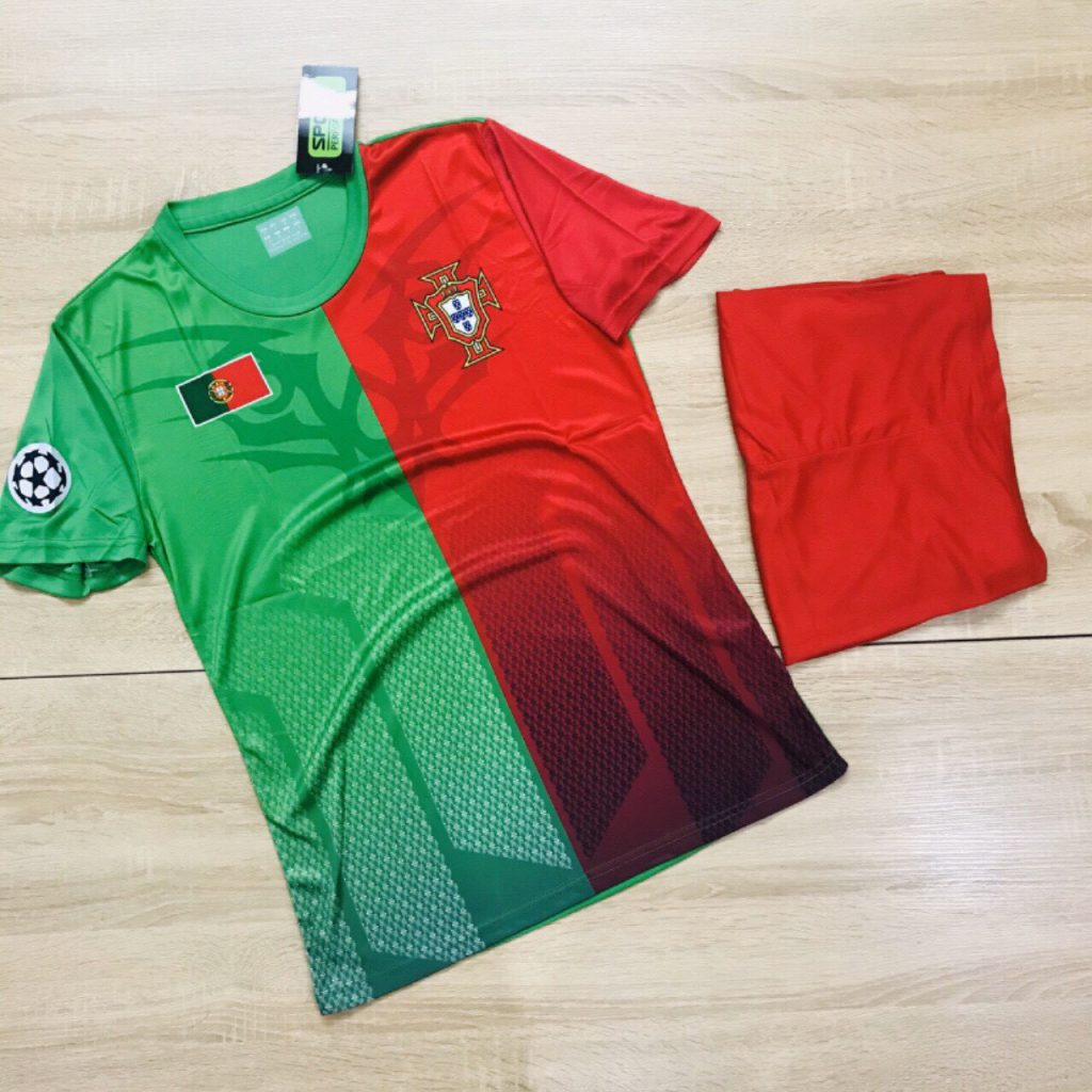 Áo bóng đá đội tuyển Bồ Đào Nha màu xanh lá phối đỏ mới nhất 2020