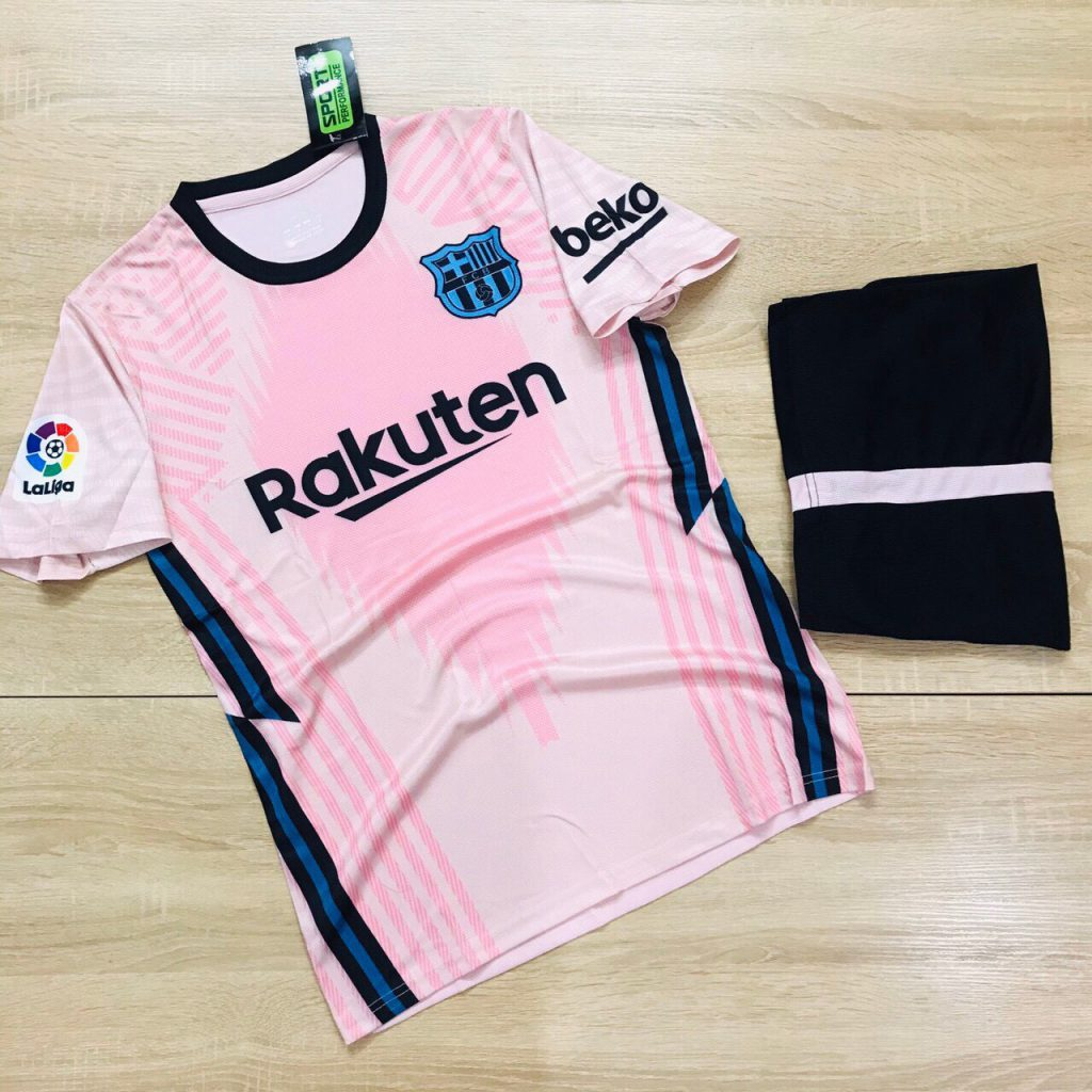 Áo bóng đá đội tuyển Barca màu hồng mới nhất 2020