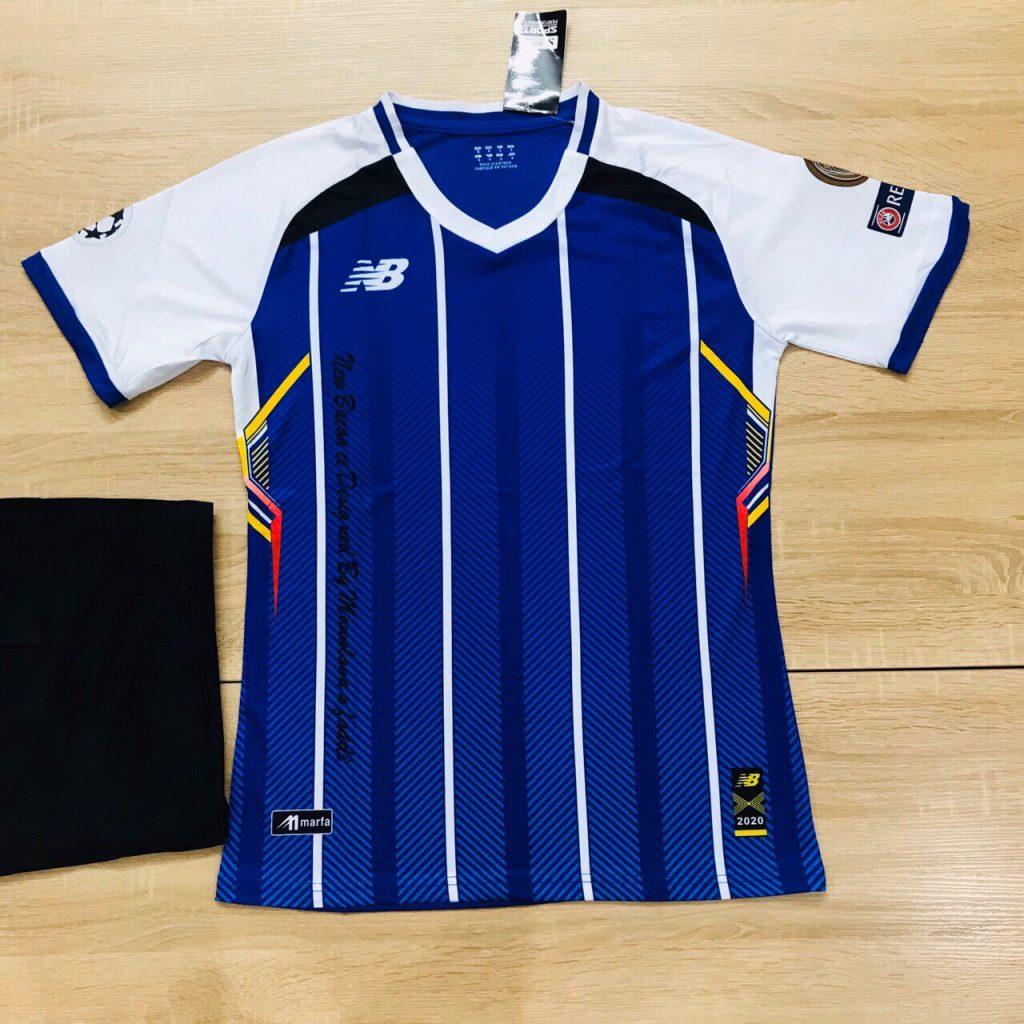 Áo bóng đá không logo NB5 màu xanh dương sọc trắng mới nhất 2020