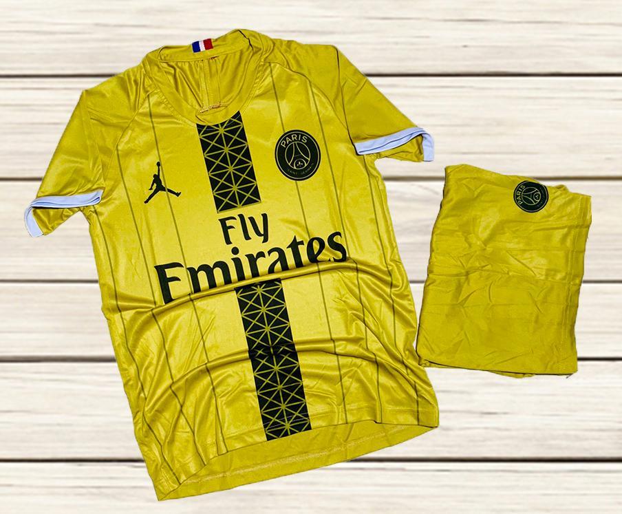 Áo bóng đá CLB Paris Saint Germain màu vàng mùa hè năm 2020