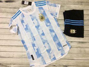 Áo bóng đá đội tuyển Argentina mùa giải 2020-2021