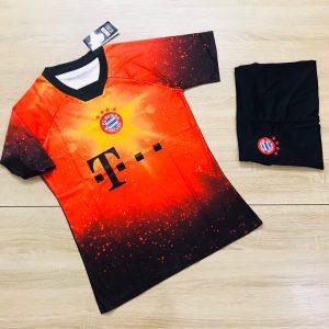 Áo bóng đá CLB Bayern Muchen màu cam phối đen mới nhất 2020