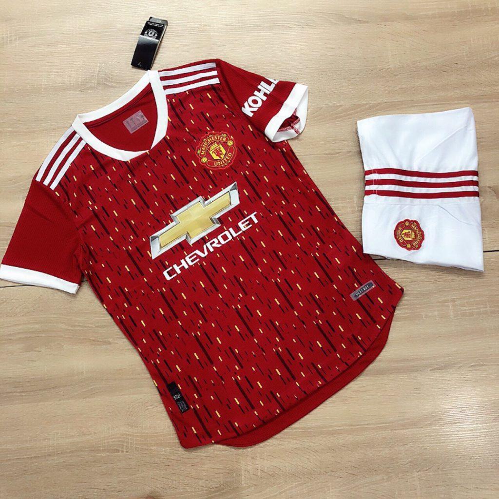 Áo bóng đá CLB Man United màu đỏ trắng mới nhất mùa hè năm 2020