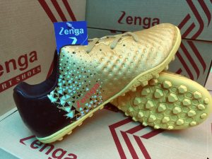 Giày bóng đá Zenga màu vàng chuẩn form chân người Việt