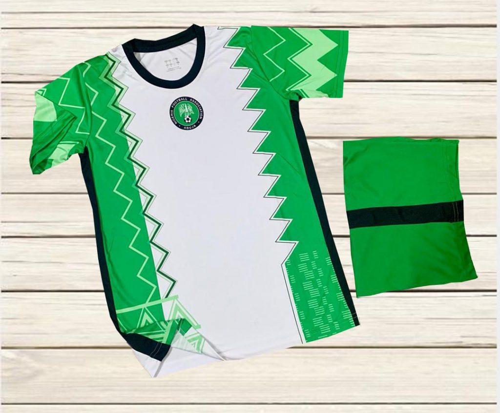 Áo  Bóng Đá Đội  Tuyển Nigeria Màu  Trắng Phối Xanh Mùa 2020-2021