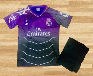 Áo Bóng Đá Clb Real Madrid   Vải Thun Cao Cấp Màu Tím phối Đen Mùa 2020-2021