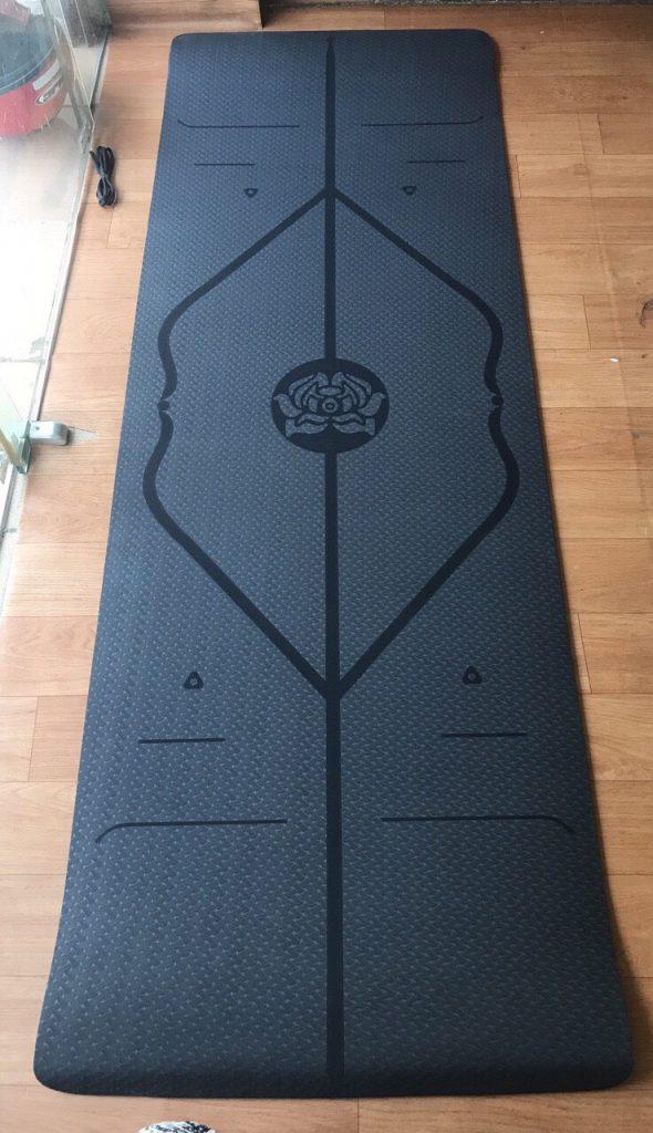 Thảm Yoga TPE định tuyến 8mm chính hãng