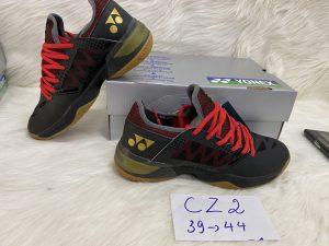 Giày cầu lông yonex CZ2 màu đen dây đỏ