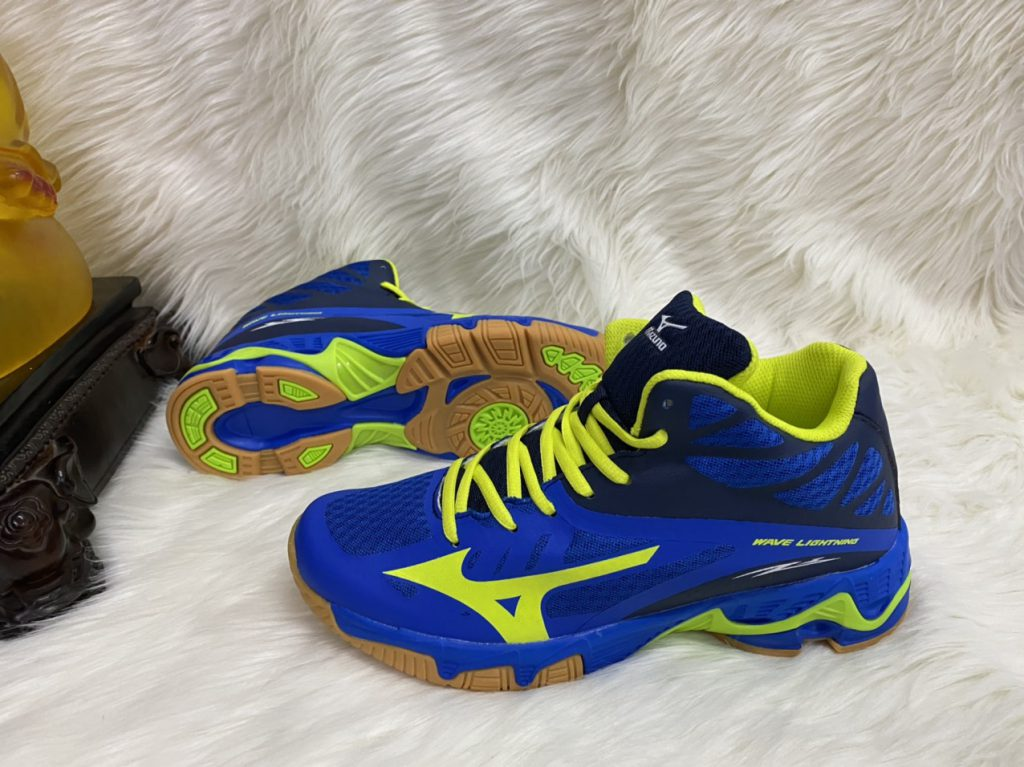 Giày bóng chuyền Mizuno màu xanh