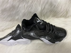 Giày bóng rổ cao cấp mã 9904 màu đen